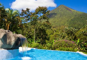 costa-rica-volcano300